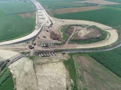 Infrastructură rutieră | Lucrări reluate pe lotul de 15km Câmpia Turzii-Chețani al Autostrăzii A3