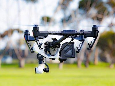 Drohnen, fliegende Warenlager und unterirdische Plattformen. So kann die Logistik in zwanzig Jahren aussehen