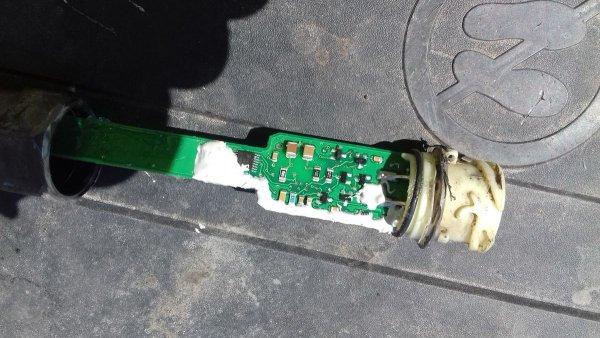 Выключатель тахографа… в прикуривателе. Необычная идея водителя грузовика