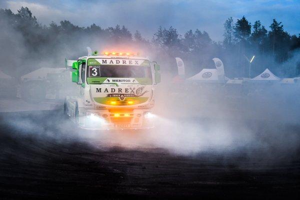 Mimo pandemii nie obyło się bez Master Trucka! Zobacz najgorętsze zdjęcia z imprezy