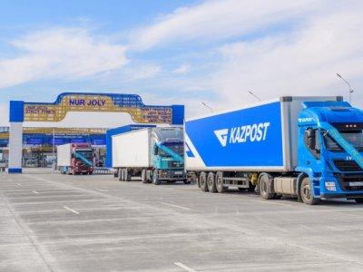 Китай ограничил пропуск транспортных средств через границу с Казахстаном