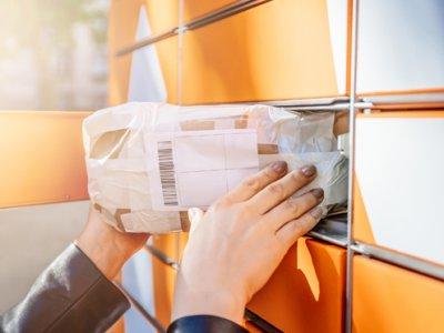 Bekontaktiniai automatiniai paštomatai Baltijos šalims. AsstrA pristatė savo naujovę