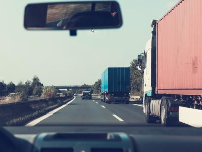 Piața vehiculelor grele din România înregistrează o scădere majoră