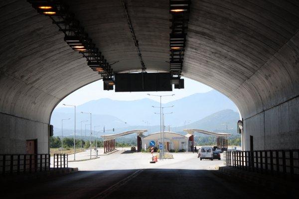 Csak egy görög-bolgár határátkelőhely van nyitva teherautóknak