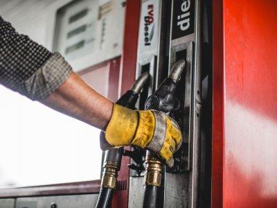 Kiek laiko tęsis krizė – parodys naftos kainos