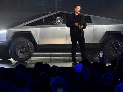 Tesla e în expansiune; construiește o fabrică pentru Cybertruck în Texas și una pentru producția de baterii auto la Berlin