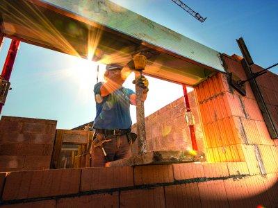 Gleicher Lohn für gleiche Arbeit: Die Neuregelung der Entsenderichtlinie tritt in Kraft