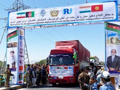 """Пилотная перевозка МДП из Ирана в Кыргызстан закончилась успехом. """"Это кратчайший путь между Ираном и Кыргызстаном"""""""
