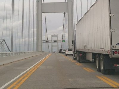Caution: tonnage limit on the bridge in Hanover.Don't ignore it