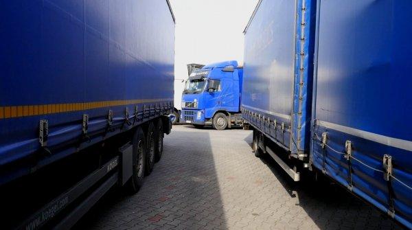Sunkvežimių eismo apribojimai rugpjūčio mėnesį. Patikrinkite, kur ir kada jie galioja