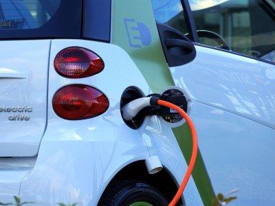 Lietuvos Vyriausybė pritarė žaliosios energijos skatinimui transporte