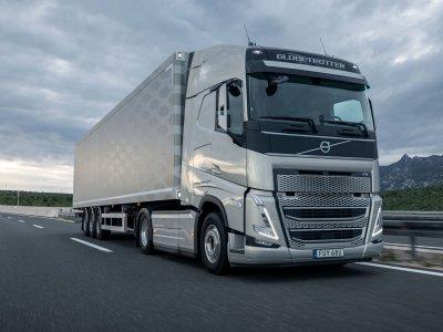 Az európai teherautó-gyártók 10 évvel korábban hagynak fel a belsőégésű motorok gyártásával