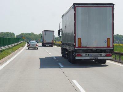 Świąteczne zakazy ruchu ciężarówek w lutym i marcu