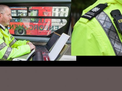 Brytyjscy inspektorzy z kamerami na mundurach