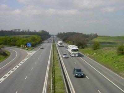 В Великобритании закрыли дорогу А2 до порта Дувр. Ремонт будет проводится на протяжении всего августа