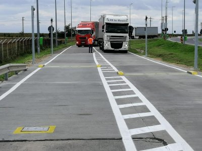 Primele sisteme de cântărire în mers instalate la un punct de trecere a frontierei