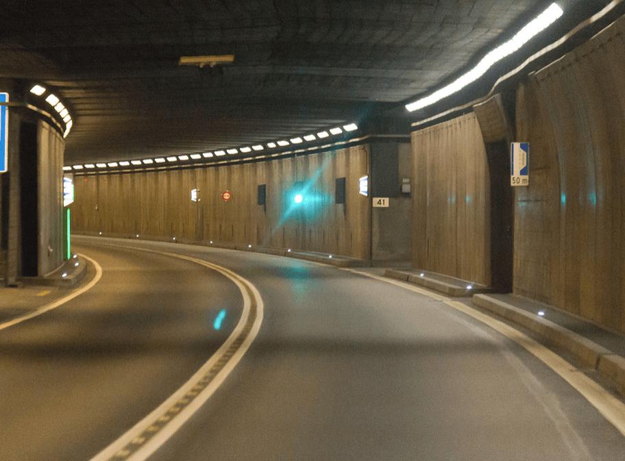 Ograniczenia dla pojazdów o niższych normach emisji we francuskim tunelu