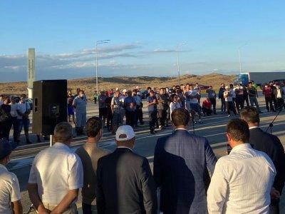 Затруднения на автомобильных пунктах пропуска Казахстана и Китая. Все из-за осложнившейся эпидемиологической ситуации