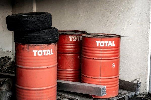 Kupiłeś dla swojej firmy 100 litrów oleju smarowego w Niemczech? Siedzisz okrakiem na bombie akcyzow