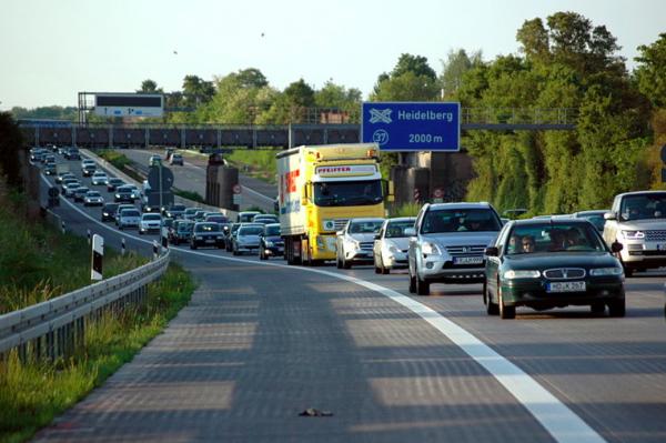 Kolejny land przedłuża zniesienie zakazów ruchu ciężarówek. Zobacz, do kiedy