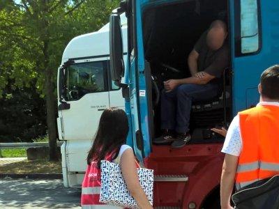 """""""Takie samo wynagrodzenie za tę samą pracę – na tej samej autostradzie!"""" O to walczą twórcy inicjatywy """"Faire Mobilität"""""""