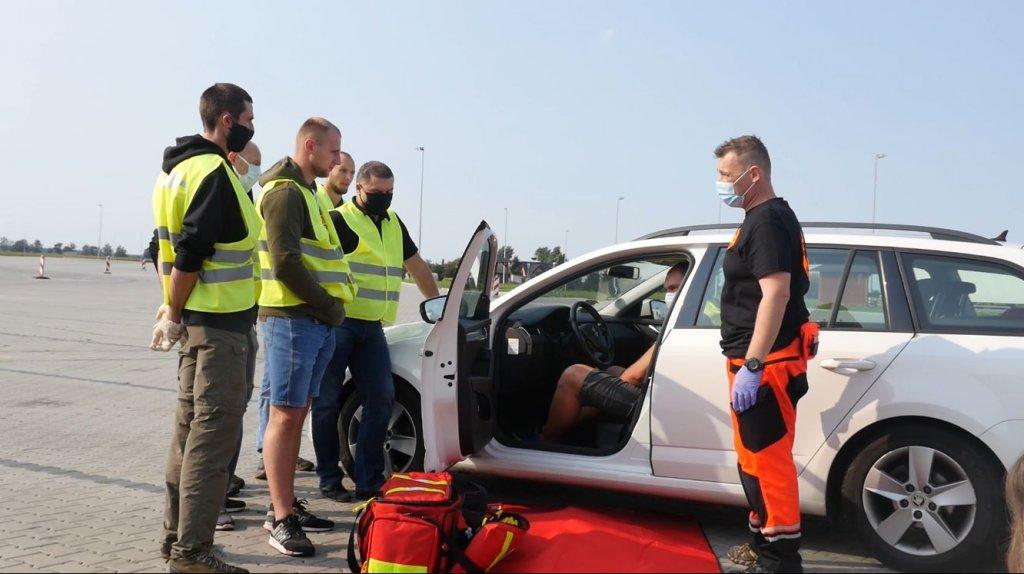 Każdy kierowca zawodowy może być bohaterem, czyli dlaczego warto zapisać się na kurs pierwszej pomocy