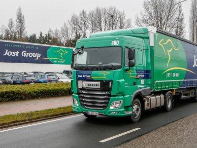Compania Jost acuzata de dumping social cu șoferi români; cazul merge în instanță