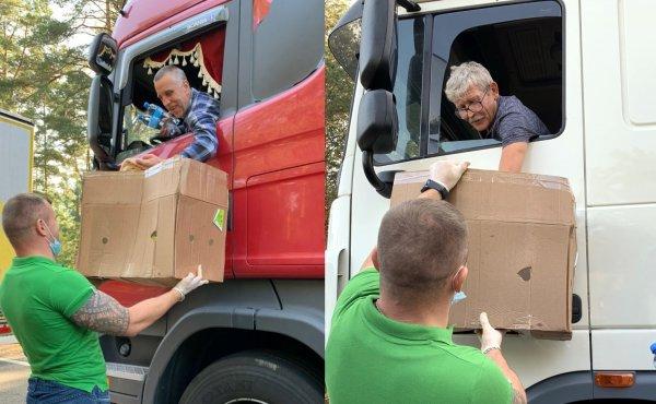 """""""Obiad w drodze"""", czyli 300 posiłków dla kierowców czekających na białoruskiej granicy"""