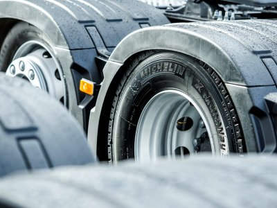 New smart system tracks tyre pressure while trucks are on the road