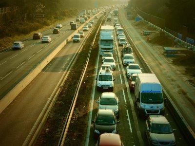 На юге Великобритании будет построено много новых стоянок для грузовиков. Они понадобятся после брексита