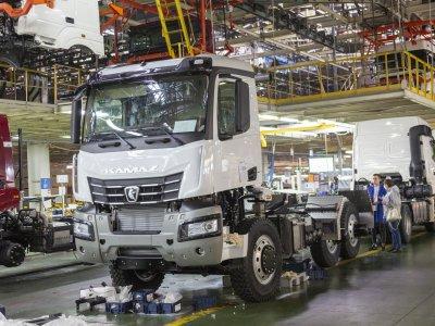 КАМАЗ представил новый самосвал семейства К5 с мотором мощностью 450 л.с.