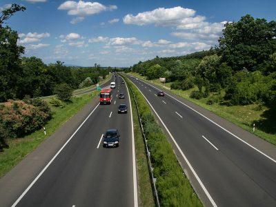 Több szakaszon is felújítási munkák indulnak az M3-as autópályán