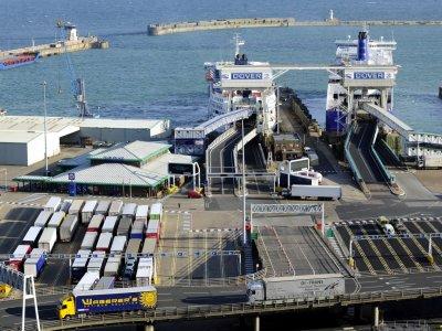"""2,3 miliona ciężarówek kursuje między Unią a Wyspami. """"Brak porozumienia nie jest opcją dla branży"""""""