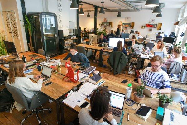 The platform economy! E-commerce news by Nabil