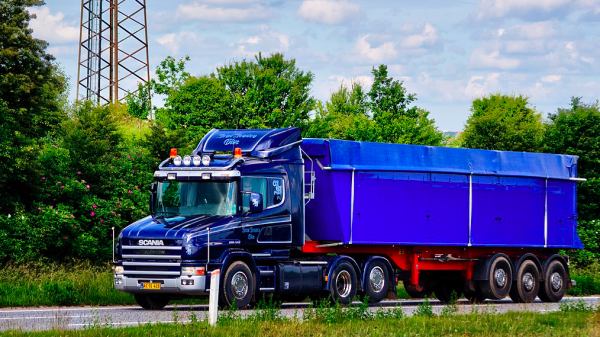 Longer, more aerodynamic truck cabins approved in the European Union
