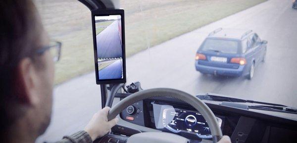 IVECO тестирует камеры заднего вида вместо зеркал для грузовиков S-Way