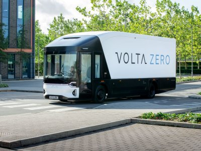 The new 16t fully electric Volta truck partly made of biodegradable material and with an impressive range of 150-200 kms
