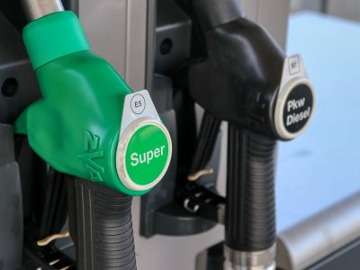 Unia ma nowy plan na ograniczenie emisji CO2. Skutek? Ceny na stacjach wyższe nawet o 60 gr/l