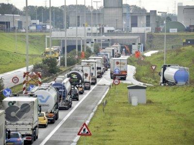 Belgia | Restricții în tunelul Beveren (Antwerp) pentru anumite tipuri de transport