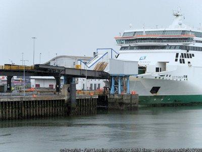 Transportatorii irlandezi vor curse regulate către Calais pentru a evita haosul de la Dover