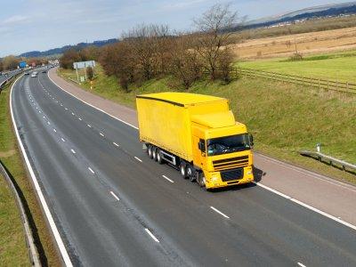 Comisia Europeană respinge cererea transportatorilor britanici de acces la piața comunitară în condiții similare celor de până acum