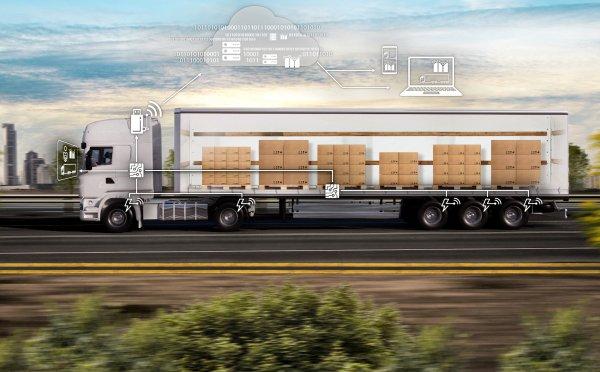 Pokładowy system ważenia w ciężarówkach. Sprawdź, jakie daje korzyści przewoźnikom