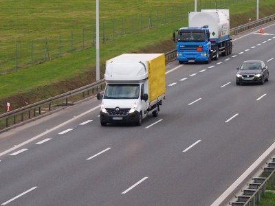 Od dziś nowy zakaz dla transportu lekkiego we Francji. Dotyczy odpoczynku kierowców