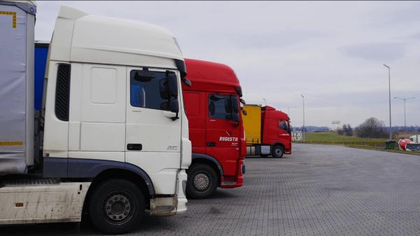Российских рынок грузовых автомобилей. Упали продажи новых и подержанных грузовиков, вырос спрос на