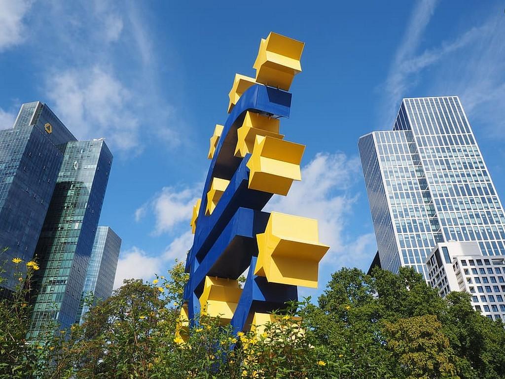 IHS Markit PMI: Eurozone stagnates at start of Q4