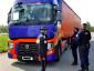 Kijárási tilalom Franciaországban. A tehergépjármű-vezetőkre a kivétel vonatkozik, de meg kell felelniük egy feltételnek