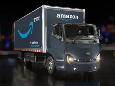 Az Amazon már nem csak a házhozszállításban használ elektromos teherautót