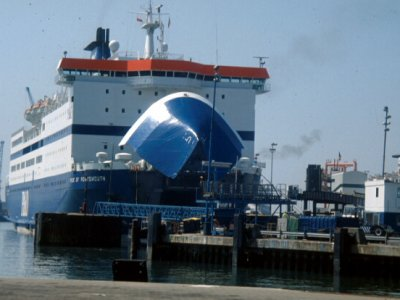 Wielka Brytania zabezpiecza przepływ towarów. Dwie duże inwestycje związane z portami