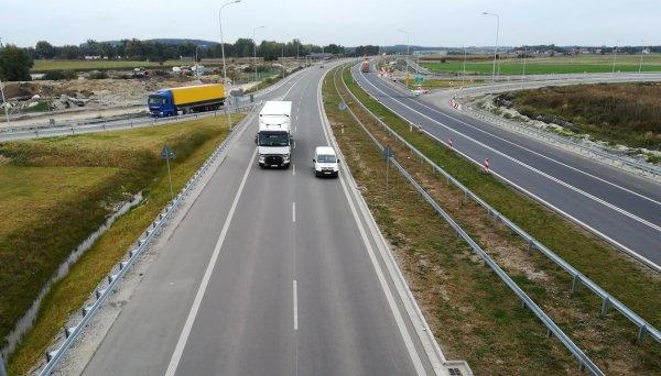 """S5 dłuższa o nowe kilometry. Na razie jednak dopuszczalna prędkość nie jest """"ekspresowa"""""""