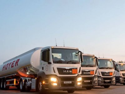 Fuel tanker drivers will strike for 14 days in the UK